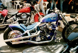 Harley3 blau3 airbrush regensburg schrötter