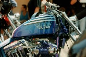 Harley3 blau4 airbrush regensburg schrötter