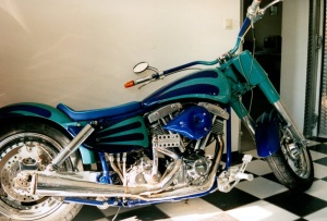 Harley4 grün airbrush regensburg schrötter